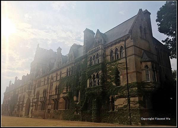 牛津大學(University of Oxford)14