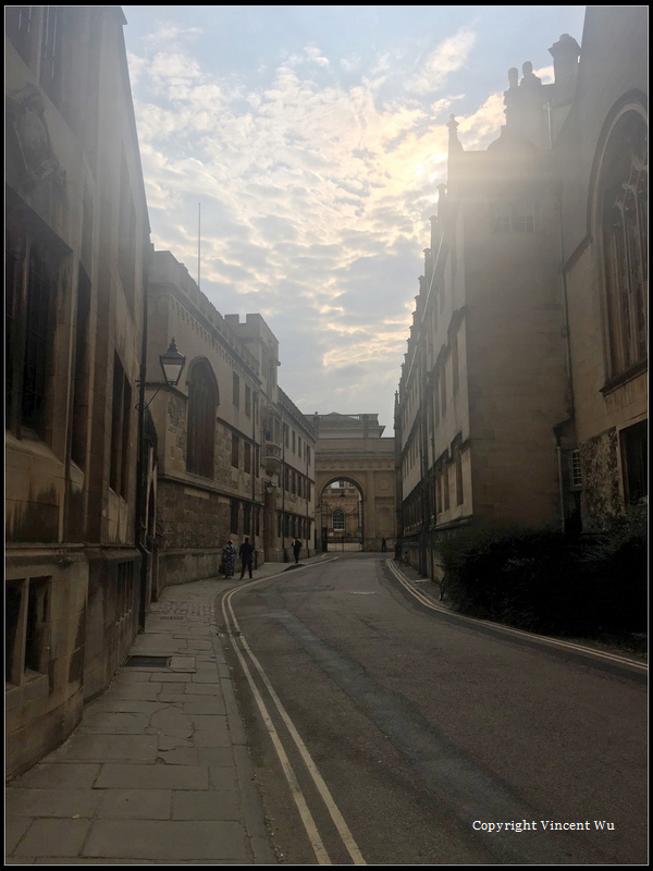 牛津大學(University of Oxford)16