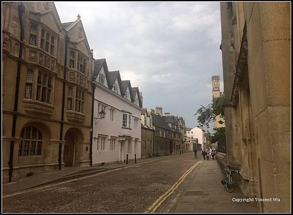牛津大學(University of Oxford)17