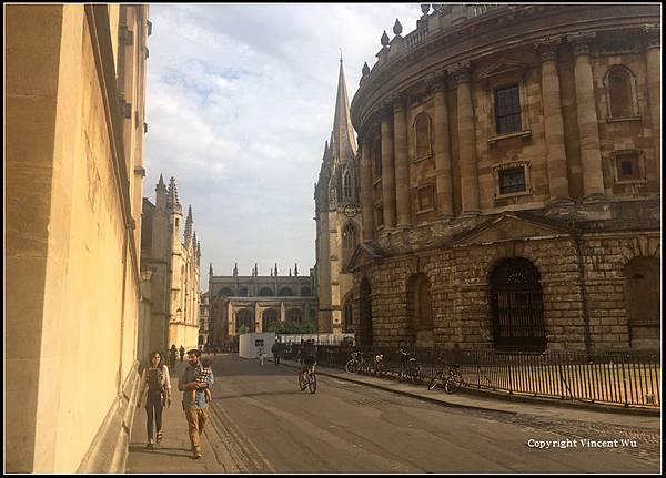牛津大學(University of Oxford)24