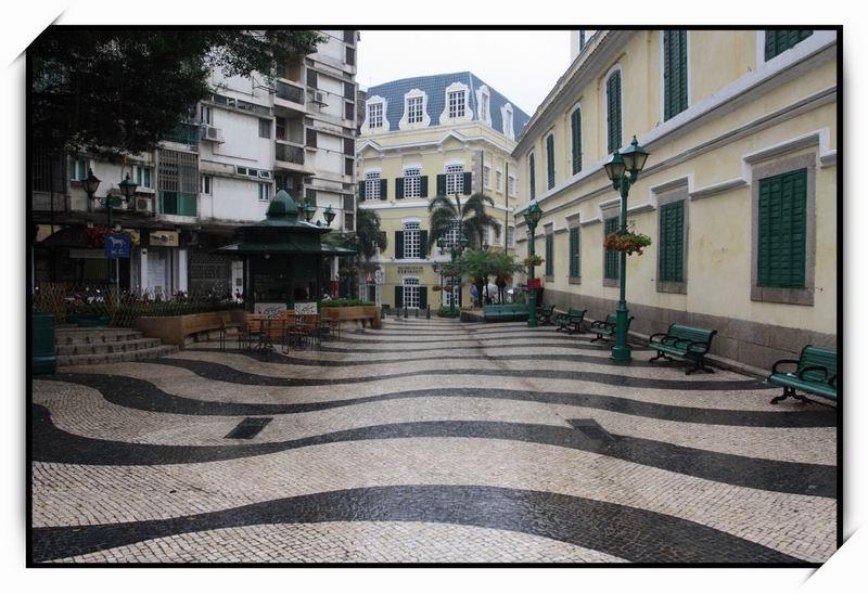 崗頂前地(St. Augustine's Square)01