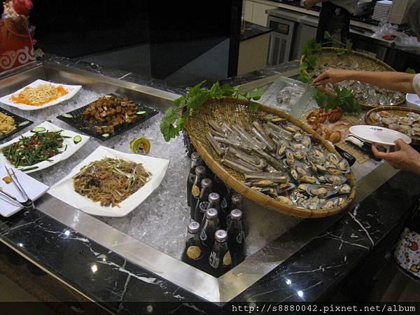 0708千葉火鍋_11_1F_seafood+小菜.jpg