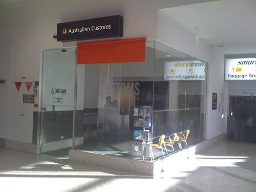 australian.customs.1.jpg
