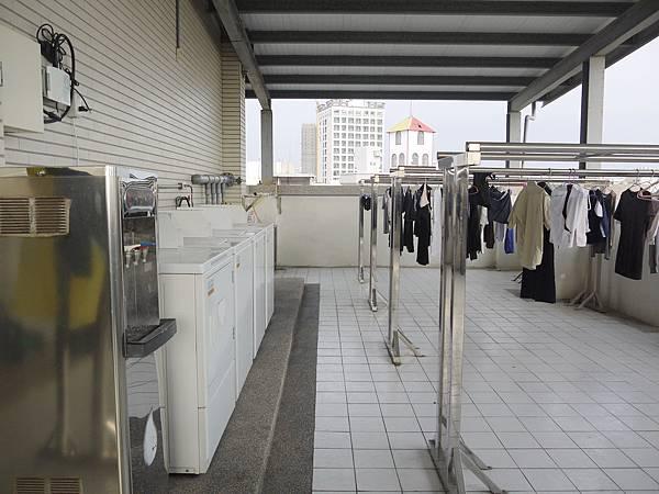 六樓可以曬衣服