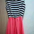 可愛條紋小洋裝