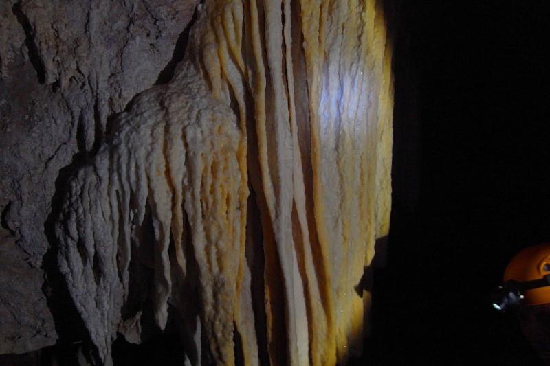 005-01-20130824_Crystal Cave_Orlando.JPG