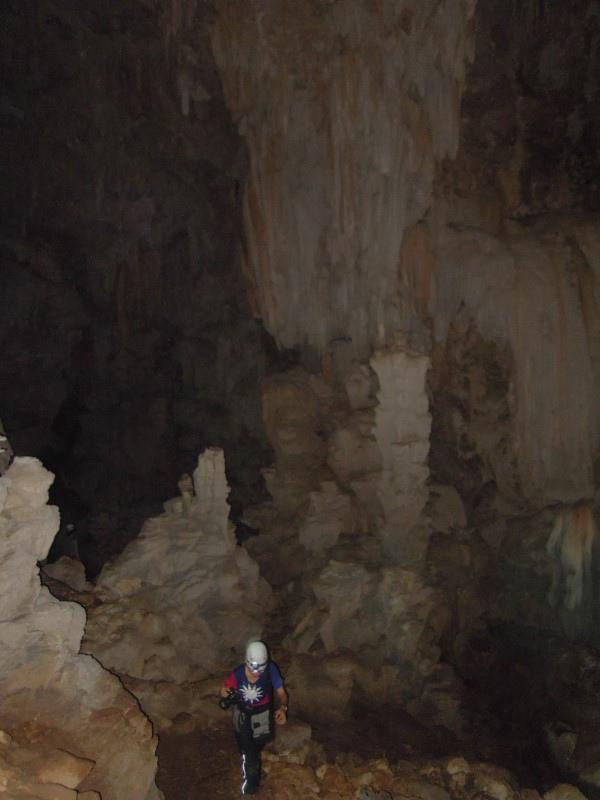013-01-20130824-Crystal Cave-Sunny.JPG