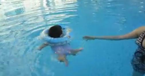 chestnut swim2