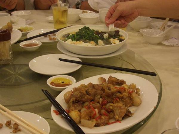 椒鹽排骨 & 金銀蛋炒莧菜