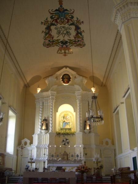 玫瑰聖母堂 主堂天花板