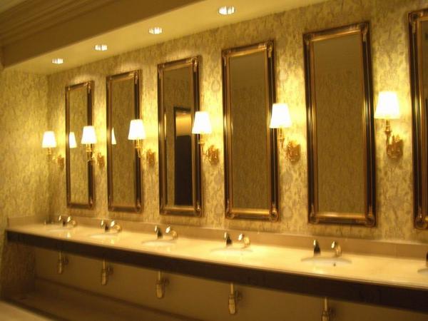 威尼斯人  連廁所都這麼金碧輝煌