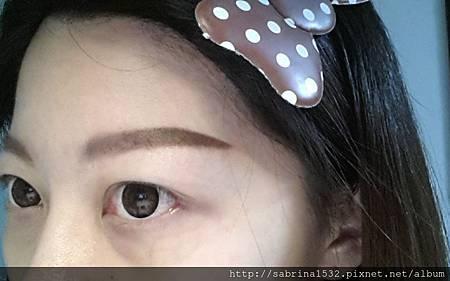 C360_2015-01-22-右眉-示範只用眉筆a.jpg