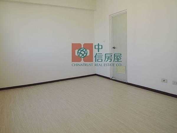 北門國小成家三房+車位 官7.jpg