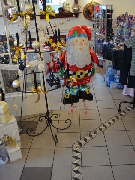 在Werden發現的超可愛爆貴聖誕老公...
