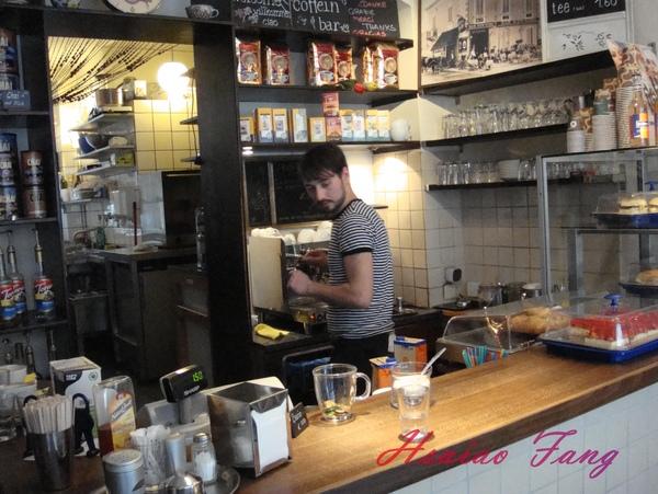 Berlin Coffein-bar-2.jpg