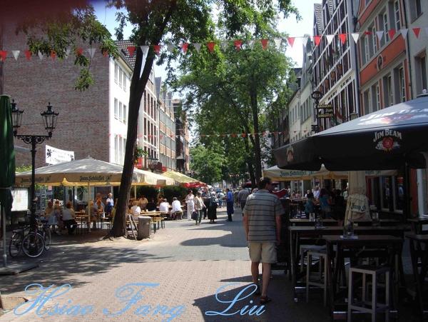 老城的餐廳街.jpg