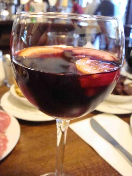西班牙菜Sangria.jpg