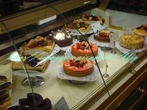 4 CaniLafayett樓下的蛋糕.jpg
