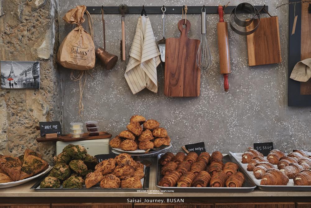 Busan Bakers%5C 韓國釜山美食 釜山咖啡廳推薦 西面麵包店 Saisai Journey01.png