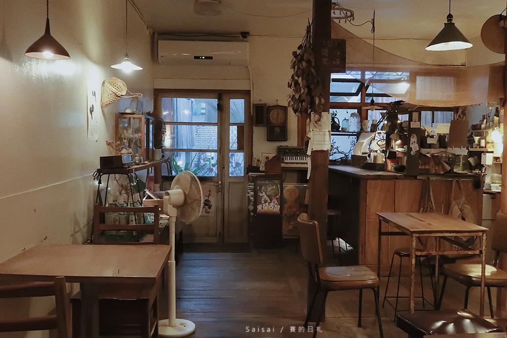 貪吃鬼甜點|台中南區咖啡廳・在這邊你有著更多的獨處機會,發現生活的細膩。