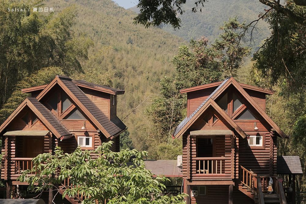 金台灣山莊|南投鹿谷住宿|原木民宿、景觀房型、晚上還有螢火蟲!一泊二食方案。