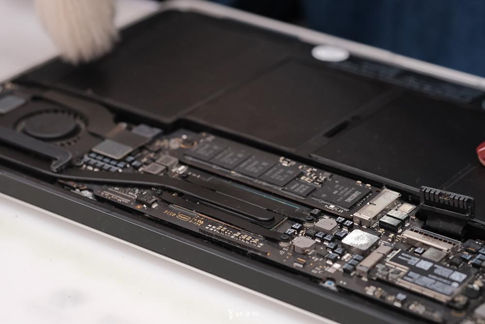 台中MacBook換電池 台中MacBook維修   台中iPhone維修推薦 專業維修 現場快速維修 到府收件 BSMI認證電池 功能檢測 免費檢測7624.PNG