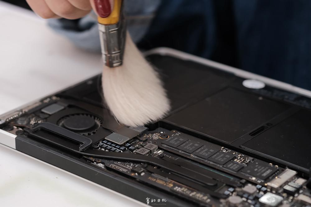 台中MacBook換電池 台中MacBook維修   台中iPhone維修推薦 專業維修 現場快速維修 到府收件 BSMI認證電池 功能檢測 免費檢測7625.PNG