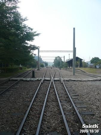 鐵軌上隨拍