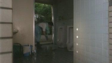 掃廁所.JPG