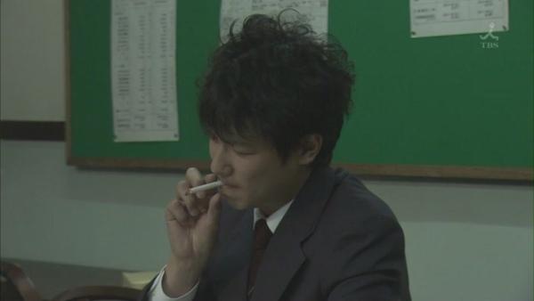 抽煙大張.JPG