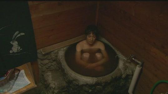 裸身洗澡.JPG