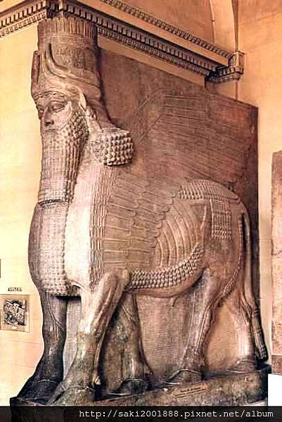 《人首翼牛像》(721-705BC)