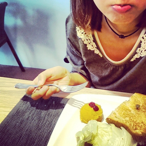 1OZ Cafe 01