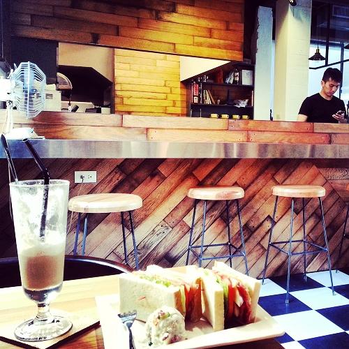 台中煙燻咖啡 01