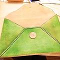 自己染皮革信封包 57.jpg