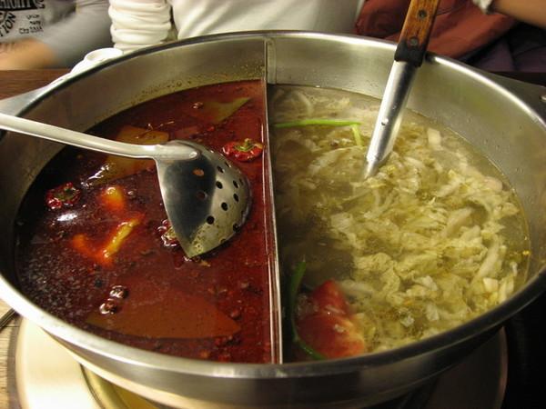 麻辣+酸菜白肉鍋