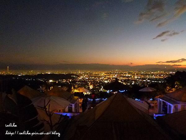 陽明山夜景餐廳屋頂上 (29).JPG