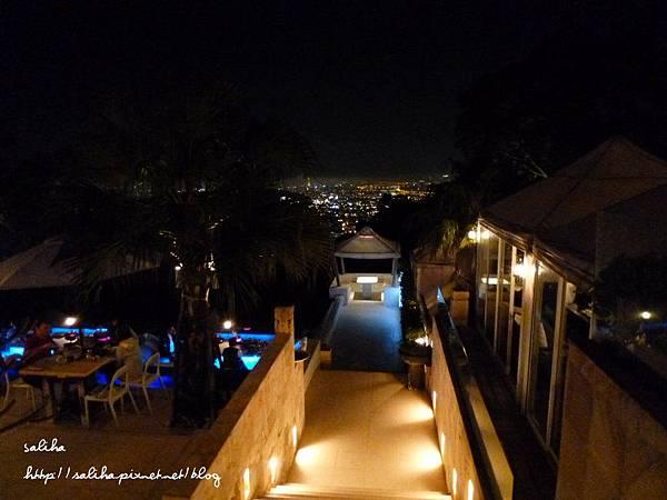 陽明山夜景餐廳屋頂上 (5).JPG