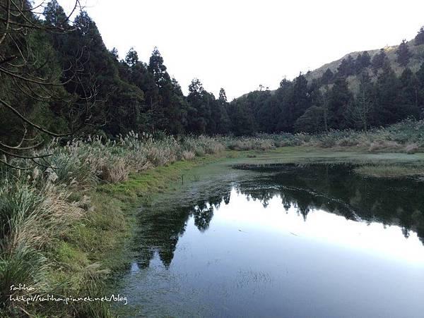 楊明山旅遊景點夢幻湖 (10).jpg