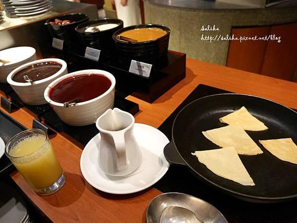 台北飯店下午茶吃到飽晶華酒店栢麗廳 (4).JPG