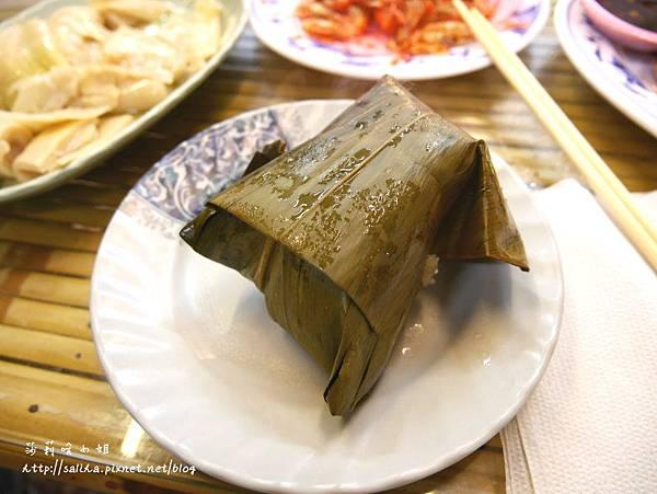 烏來老街美食原住民泰雅婆婆 (1).JPG