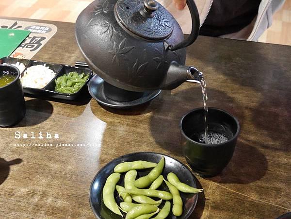 便宜好吃生魚片海樂日式料理 (7).JPG
