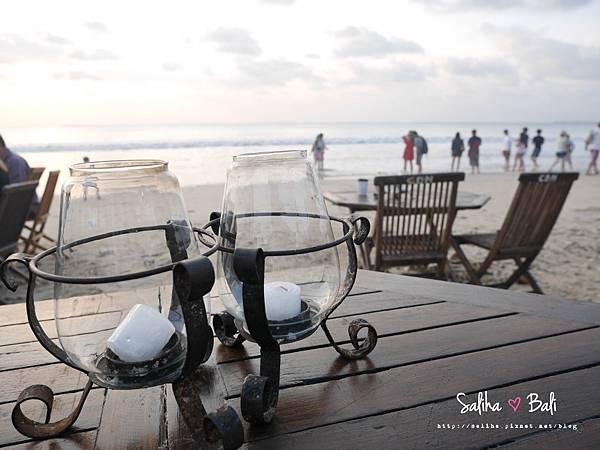 峇里島金巴蘭海灘BBQ (17).JPG