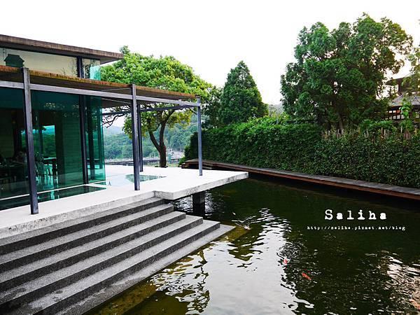 新竹景點二泉湖畔 (29).JPG