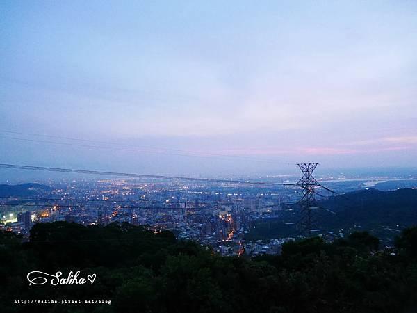 陽明山夜景餐廳草山夜未眠 (7).JPG