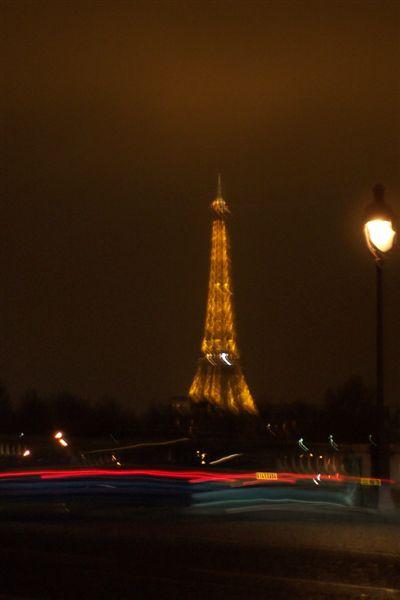 從協和廣場看巴黎鐵塔