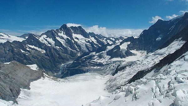 冰海站-阿列奇冰河