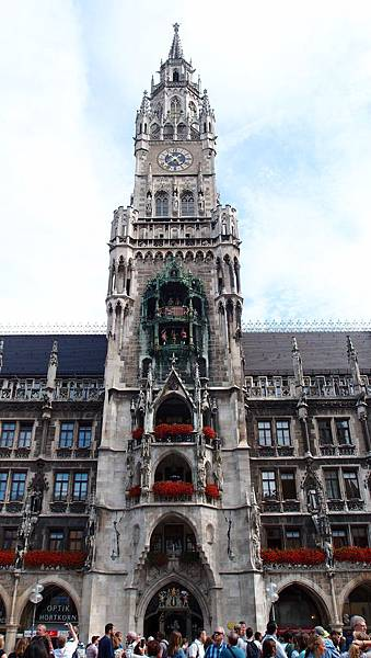 慕尼黑新市政廳-中央鐘樓.JPG