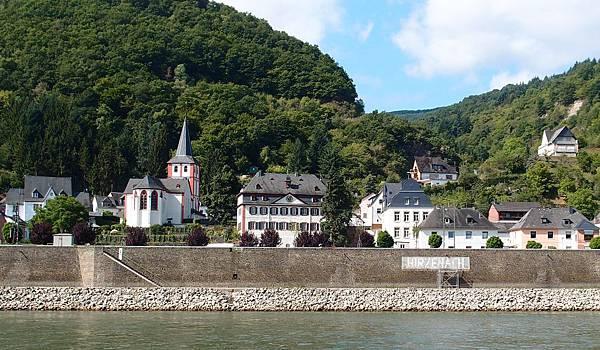 萊茵河遊船 Hirzenach小鎮St. Goar
