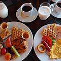 地中海五星渡假村  早餐